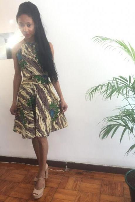 Whitney Size M Dress Green Floral print Knee lenght Pollyblends Summer dashiki designer Worldwide shipping Worldwide Free Shipping