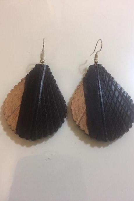 Godess Vintage Wood Women Handmade Jewelry Quality Pair New Unworn Sunny Wooden Boho Ethic Gift Earrings Party HolidaysNew Unworn
